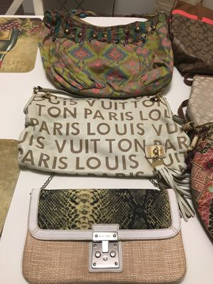 Bags in good condition for Sale in Pittsburgh, PA