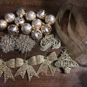 Gold Christmas Tree Decorations for Sale in Houston, TX