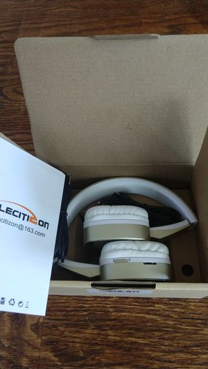 Bluetooth headphones with mic. for Sale in Irving, TX