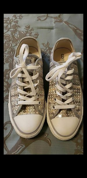 Converse women size 7 for Sale in Peoria, AZ