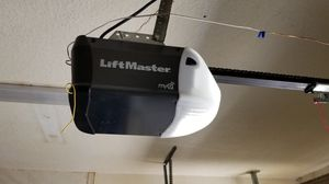 LiftMaster Garage Door Opener 1/2 HP Chain Drivew/Rail Assembly for Sale in Valrico, FL