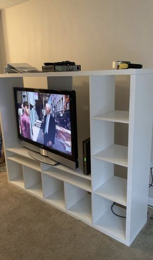 TV console Stand with bookshelves for Sale in Tampa, FL