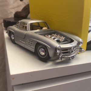 Mercedes Benz 300 SL 1954 Scala 1/24 Made In Italy for Sale in West Palm Beach, FL