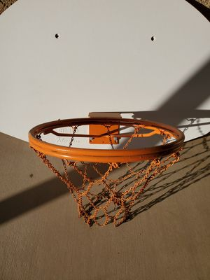 Basketball backboard/hoop for Sale in Apple Valley, CA