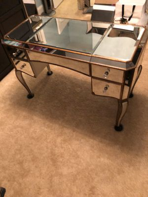 Mirrored vanity or desk for Sale in Kernersville, NC
