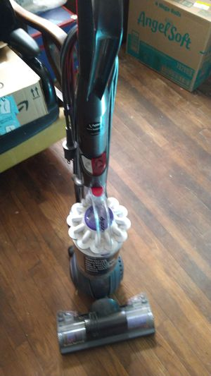 Dyson light ball vacuum cleaner for Sale in Rome, GA