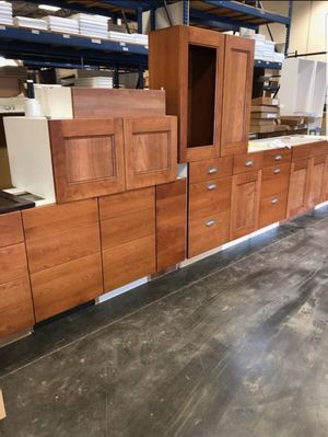 Kitchen & Bath Cabinets $100 Each for Sale in Waipahu, HI