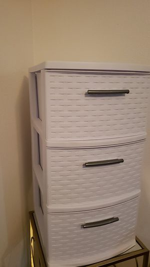 3 Plastic Drawers for Sale in Vancouver, WA