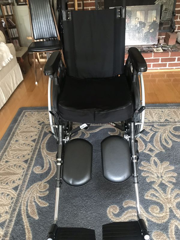 Stylus LS lightweight wheelchair