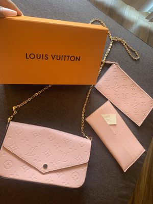 Light pink Louis Vuitton purse with wallet for Sale in Anaheim, CA