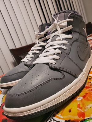 JORDAN RETRO 1 MID (COOL GREY) for Sale in El Paso, TX