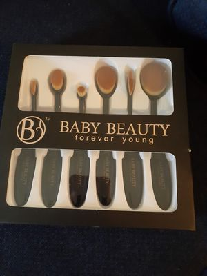 Make up brushes for Sale in Fresno, CA