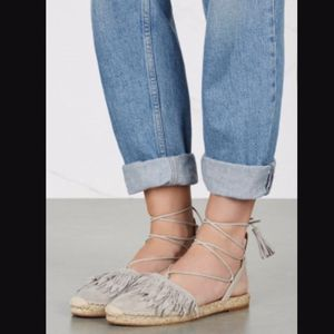 Aquazzura Pocahontas fringe suede and leather espadrille flats size 39 for Sale in Redondo Beach, CA