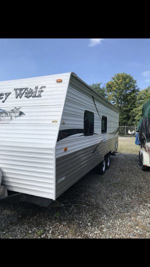 2009 gray wolf 24ft camper trailer for Sale in Weston, MA