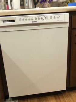 Kenmore Dishwasher In Perfect Working Condition for Sale in Newcastle,  WA