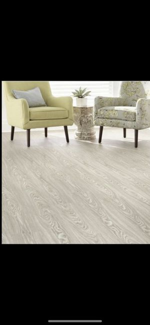 ALLURE Stratford Oak luxury vinyl plank flooring for Sale in Phoenix, AZ