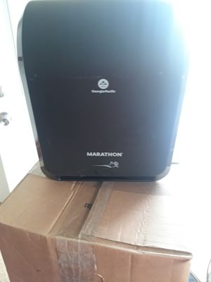 Automatic paper towel dispenser (new) for Sale in Cheektowaga, NY