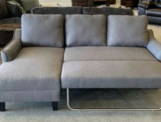 ✅ Ashley Gray Sofa Chaise Sleeper 👍Apply Financing Online for Sale in Austin,  TX