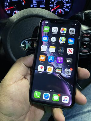 Iphone XR 64GB Verizon for Sale in Los Angeles, CA