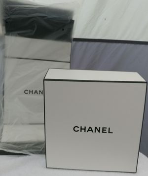 CHANEL Store Display Boxes for Sale in Traverse City, MI