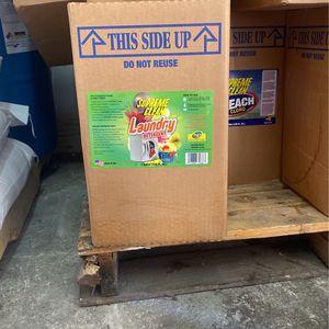 5 gallon laundry detergent for Sale in Miami, FL