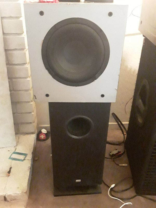 Stereo system with a receiver 5 speakers