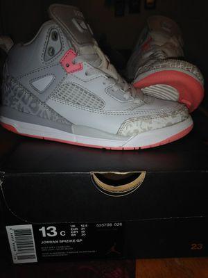 Jordan's like new for Sale in Reedley, CA
