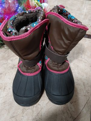 Girls snow boots size 1 for Sale in Paramount, CA