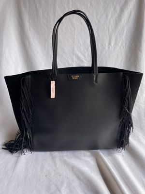 NWT Victoria Secret black leather bag for Sale in Lynnwood, WA