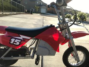 Eletric Dirt Bike Razor for Sale in Santa Clarita, CA