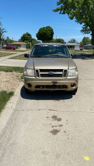 Ford explorer 2001 for Sale in Sterling Heights, MI