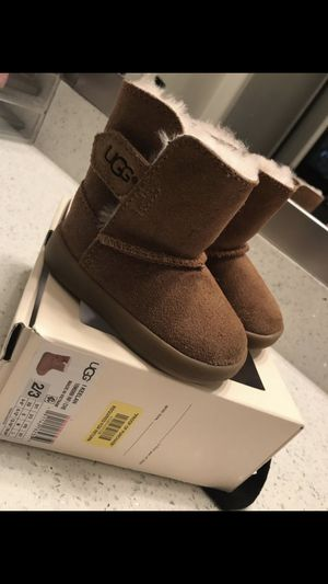 Baby girl UGG boots for Sale in Hurst, TX
