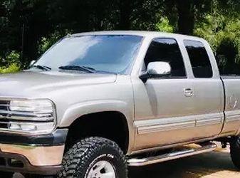 2002 Chevrolet Silverado Condition Perfect for Sale in Houston,  TX