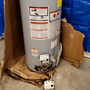 New Water Heater Whit Dents Working Good $99 for Sale in Wheat Ridge, CO