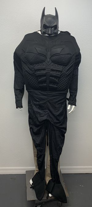 Adult Size Batman Costume (Used Once) for Sale in Lutz, FL