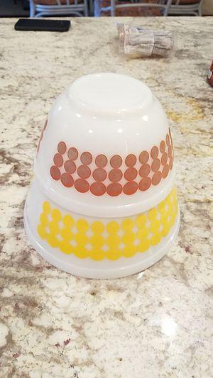 Vintage polka dot Pyrex nesting bowls for Sale in Gig Harbor, WA