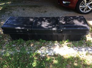 Tool Box, PLASTIC, USED, has key so it does lock, bottom length is 64 inches across truck, 70 inches across truck bed at the top, 20 inches depth , 1 for Sale in Maryville, TN