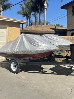 Jet Skis With Trailer for Sale in Bell Gardens,  CA