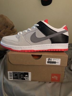Nike SB Dunk Low Infrared Size 12(Read Description) for Sale in Compton, CA