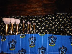 Makeup brush holder for Sale in Wylie, TX