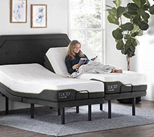 Ergonomic Upholstered Dual USB Charging Stations Head and Foot Incline with Wireless Remote Control Adjustable Bed Base, Split King for Sale in Peoria, AZ