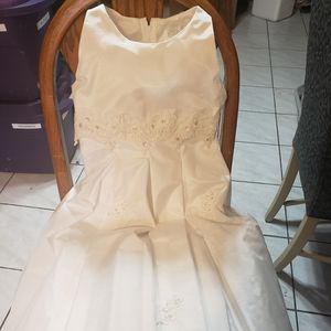 Flower Girl dress/Communion for Sale in Frankfort, IL