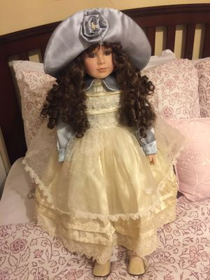 Antique doll for sale will deliver locally for Sale in Trenton, NJ