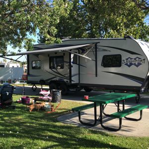 Only $160/Night! Solar power and Sleeps 6 toy hauler for Sale in Redlands, CA