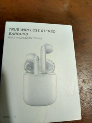 Bluetooth earbuds for Sale in Port St. Lucie, FL