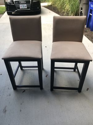 2 chairs / stools for Sale in Portland, OR