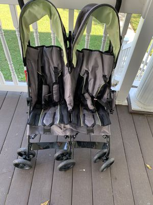 Delta Double Stroller for Sale in Baltimore, MD