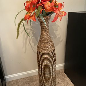 MOVING OUT SALE!!! Tall Flower Vase for Sale in Herndon, VA
