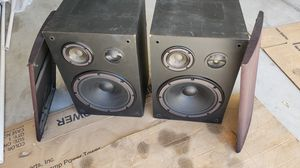 Yamaha speakers 12 in woofers pair for Sale in Redlands, CA
