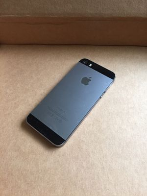iPhone 5S 16gb att & cricket only $80 firm no trade , Nothing wrong with it for Sale in West Sacramento, CA